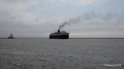 ss BADGER Arriving Manitowoc WI PDM 25-05-2016 10-15-18