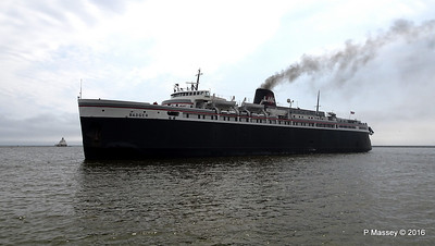ss BADGER Arriving Manitowoc WI PDM 25-05-2016 10-18-00