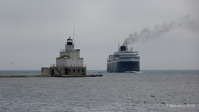 ss BADGER Arriving Manitowoc WI PDM 25-05-2016 10-12-051