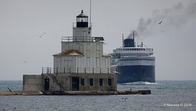 ss BADGER Arriving Manitowoc WI PDM 25-05-2016 10-12-007