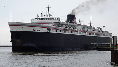 ss BADGER Arriving Manitowoc WI PDM 25-05-2016 10-21-011