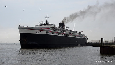 ss BADGER Arriving Manitowoc WI PDM 25-05-2016 10-20-018
