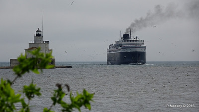 ss BADGER Arriving Manitowoc WI PDM 25-05-2016 10-13-17