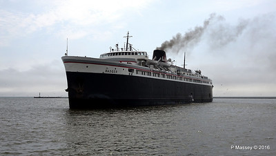 ss BADGER Arriving Manitowoc WI PDM 25-05-2016 10-17-21