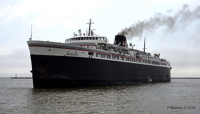 ss BADGER Arriving Manitowoc WI PDM 25-05-2016 10-17-24