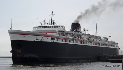 ss BADGER Arriving Manitowoc WI PDM 25-05-2016 10-20-054