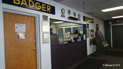 ss BADGER Ticket Office Manitowoc WI PDM 25-05-2016 11-18-012