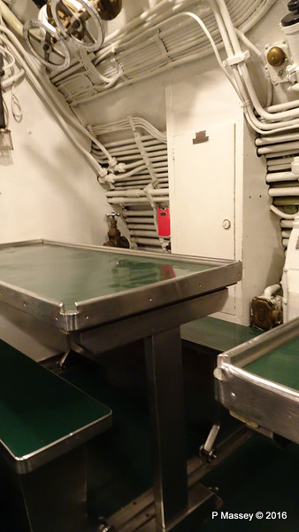 Dining Tables USS COBIA Wisconsin Maritime Museum PDM 25-05-2016 09-36-40