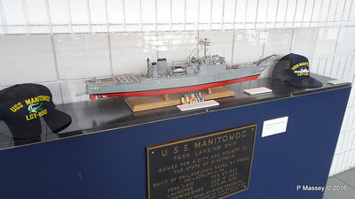 Model USS MANITOWOC LST-1180 1967 Wisconsin Maritime Museum PDM 25-05-2016 08-31-16