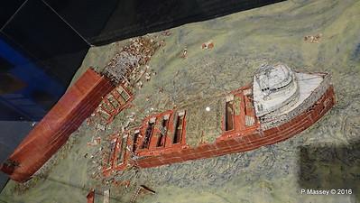 Diorama EDMUND FITZGERALD Wreck Wisconsin Maritime Museum PDM 25-05-2016 08-32-30