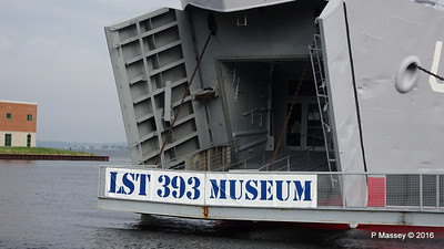 USS LST 393 Museum Entrance Bow Muskegon PDM 26-05-2016 07-49-11