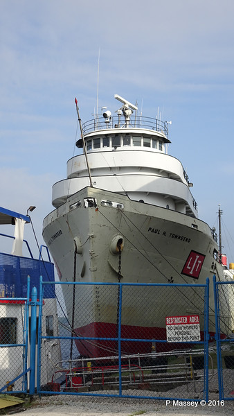 PAUL H TOWNSEND Laid Up Muskegon PDM 26-05-2016 07-43-16