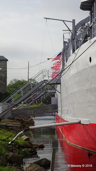 USS LST 393 Muskegon PDM 26-05-2016 07-45-03