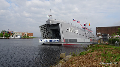 USS LST 393 Museum Entrance Bow Muskegon PDM 26-05-2016 07-49-20
