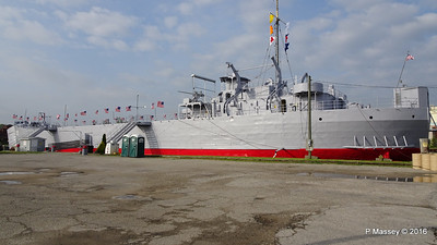 USS LST 393 Muskegon PDM 26-05-2016 07-42-24