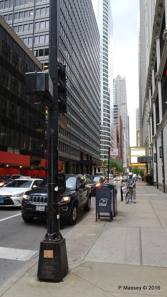S State St W Monroe St Chicago 31-05-2016 14-39-56