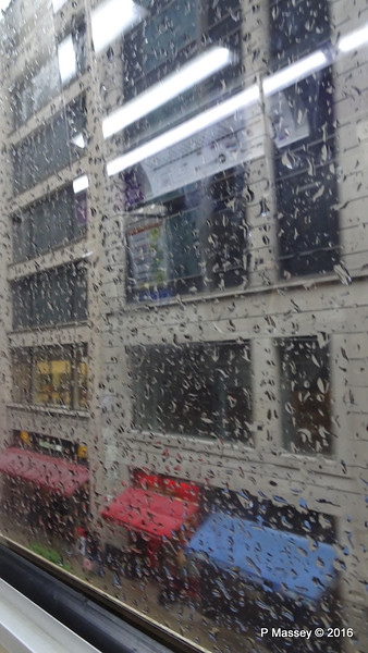 Can't See for Rain CTA Brown Line Elevated N Wabash Ave Chicago 31-05-2016 15-36-24