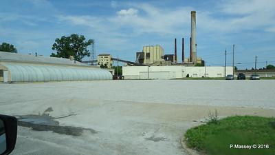 West Michigan Blvd US 12 Michigan City IN PDM 31-05-2016 10-33-35