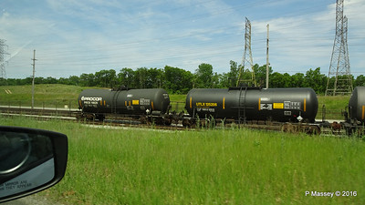 Tank Cars Railroad W 4th St US 12 Michigan City IN PDM 31-05-2016 10-35-02