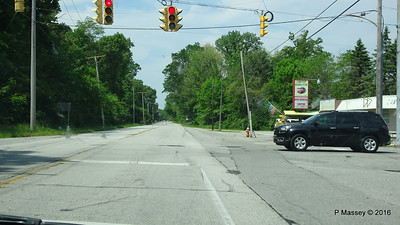 US 12 Broadway Beverly Shores IN 31-05-2016 10-56-21