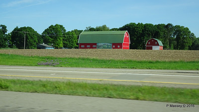 Dutch Barn Art I 94 to Battle Creek MI PDM 31-05-2016 08-49-40