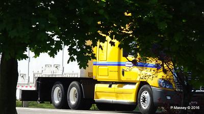 Freightliner Penske I-94 Marshall Rest Area MI PDM 31-05-2016 08-42-20