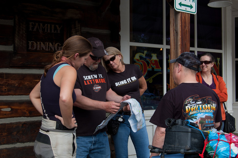 In the charming frontier town of Winthrop, some friendly bikers impart their local knowledge.
