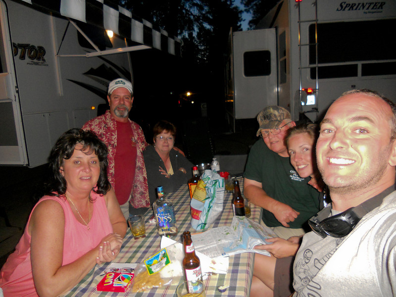 Drinks and nibbles courtesy of our campsite neighbours: Julie and Joel, Pam and Rick.