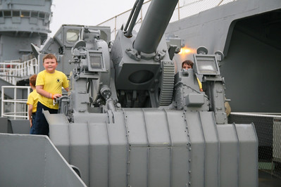 USS Yorktown - 18