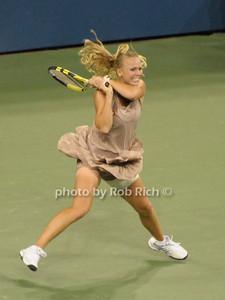 Caroline Wozniacki  photo  by Rob Rich © 2009 robwayne1@aol.com 516-676-3939