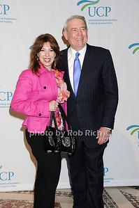 Debbie Brooks, Dan Rather photo by Rob Rich © 2009 robwayne1@aol.com 516-676-3939