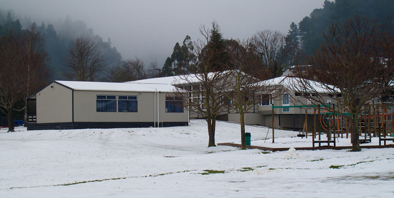 Pinehaven School Upper Hutt Snow Aug 2011