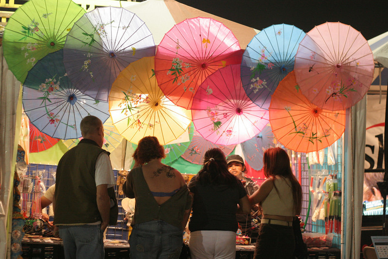 I really just thought the parasols looked kinda pretty.