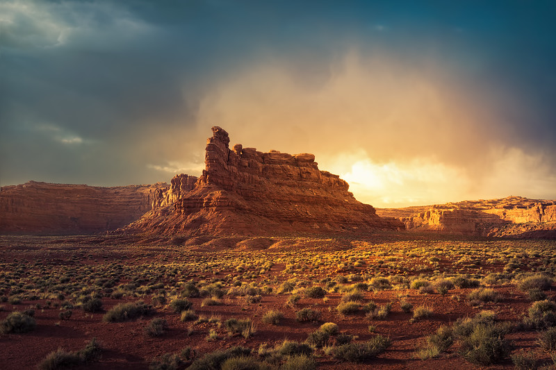 Travel Photography - Sunset at Valley of the Gods (Utah)