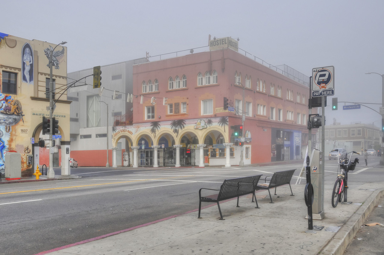 Windward & Pacific Ave - February 2014 - early morn