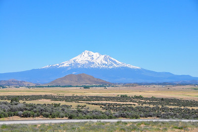 That is Mt. Shasta along I-5 in CA.