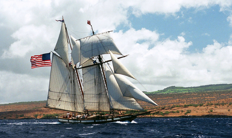 The Lynx under full sail