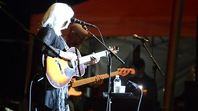 Emmylou Harris - Cup of Kindness