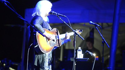 Emmylou Harris - All I Left Behind