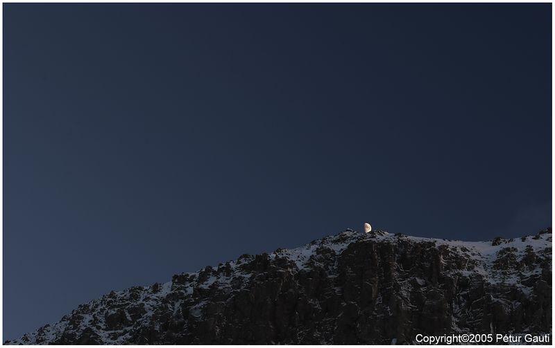 Bad moon rising :)   (#2431)