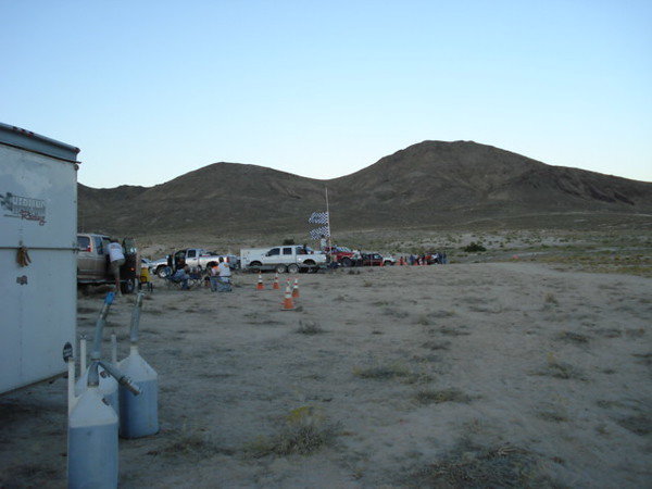 Pit 4 row. Pic shows course heading away from the pit, towards the base of the mountains, and turning right.