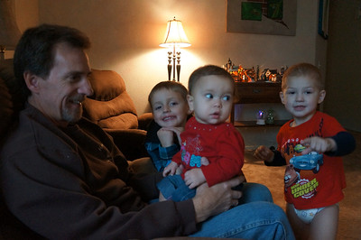 Uncle Mike, Cousin Lane, Sophie, and Cousin Tavin