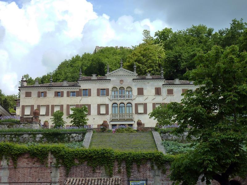 Paladin Villa-Venetzia