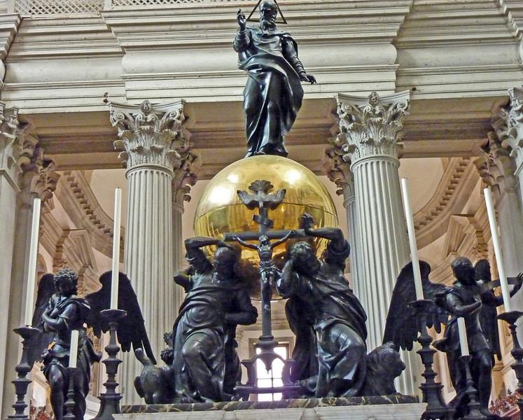 Altar centrepiece- Maggiore