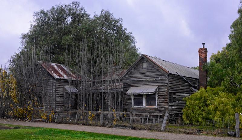 Old post office at Lake Bolac