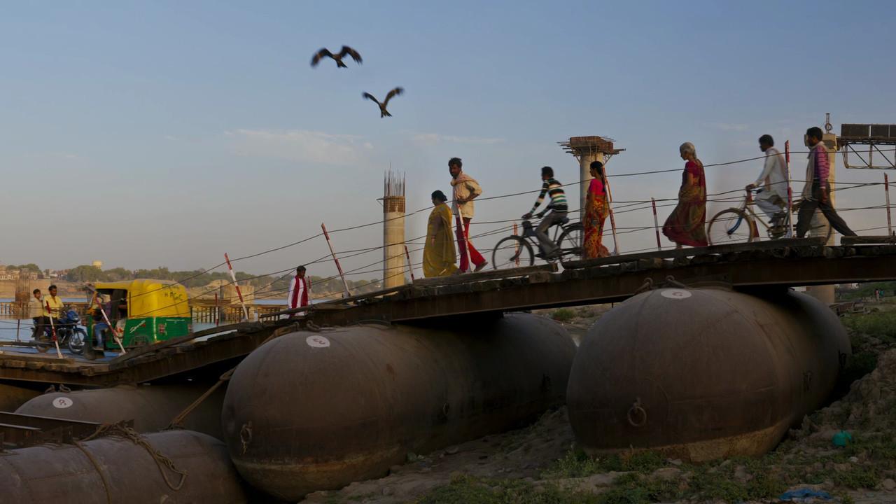 Varanasi Ponton Bridge1920p25f