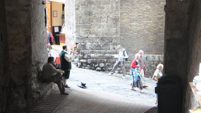 Flute player in San Gimignano