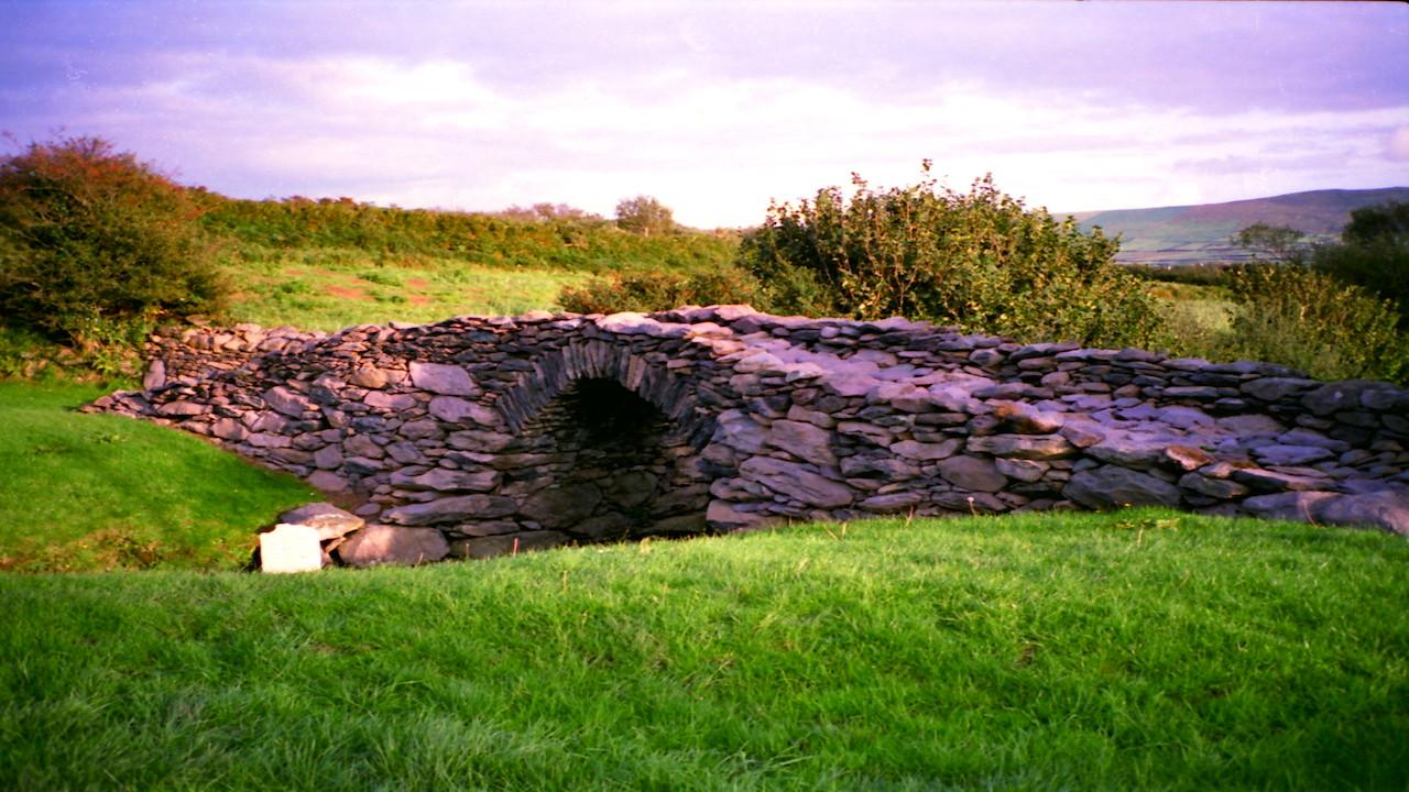 Stone Bridge, north of Dingle