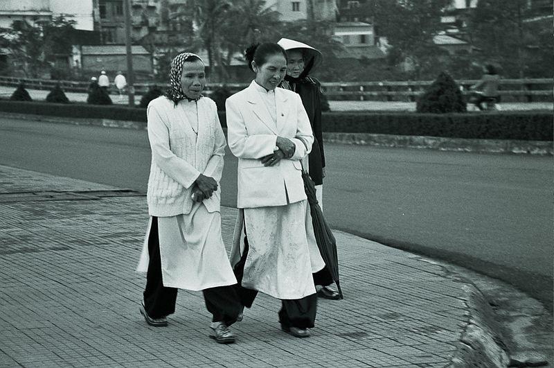 2 ladies in white