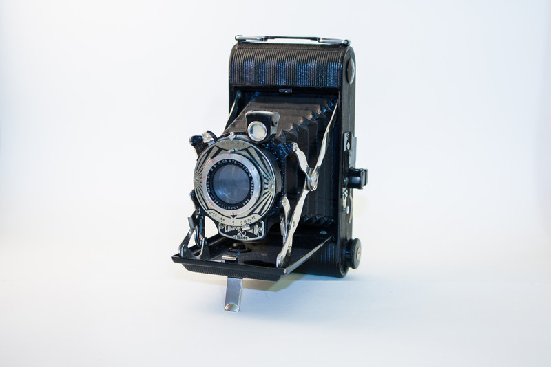"""Ensign Selfix 20 This is a 1950s folding camera made by Barnet-Ensign. It features a 100mm 'Ensar' f4.5 Anastigmat lens, and uses type '20' film to produce 2.25"""" x 3.25"""" negatives. Buying film for this camera : Type 20 film is still available, though somewhat uncommon. The best place I've found is the German site Lumiere."""